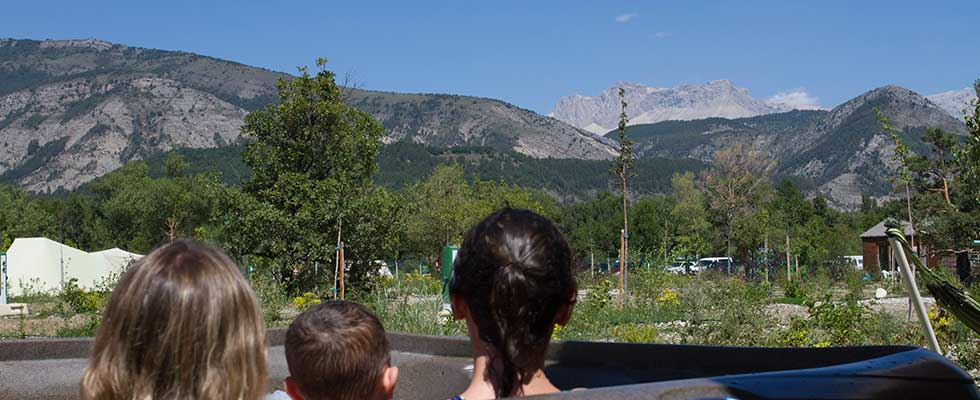 hautes alpes camping